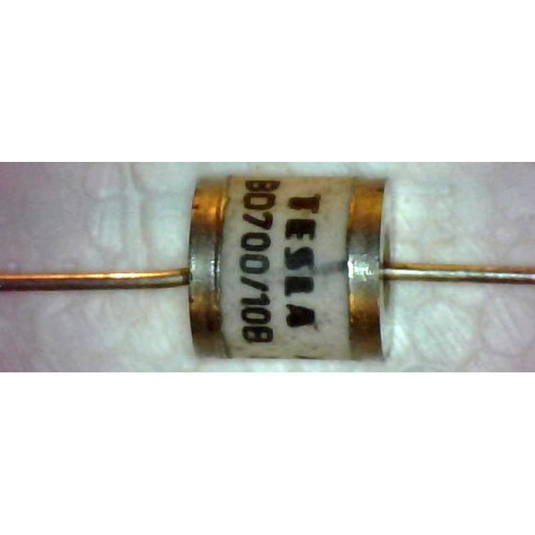 BD700/10B