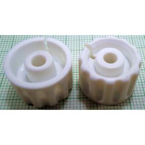 Knoflík 4mm KPP14 bílý