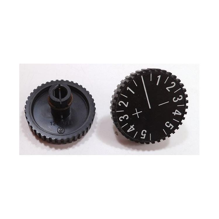 Knoflík 6mm černý korekce B73