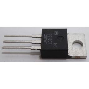 RM4 N48 AL160 (s otvorem)