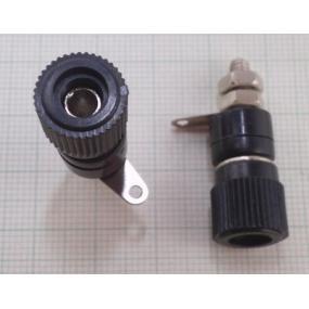 Zdířka 4mm šroubovací černá 12x22mm
