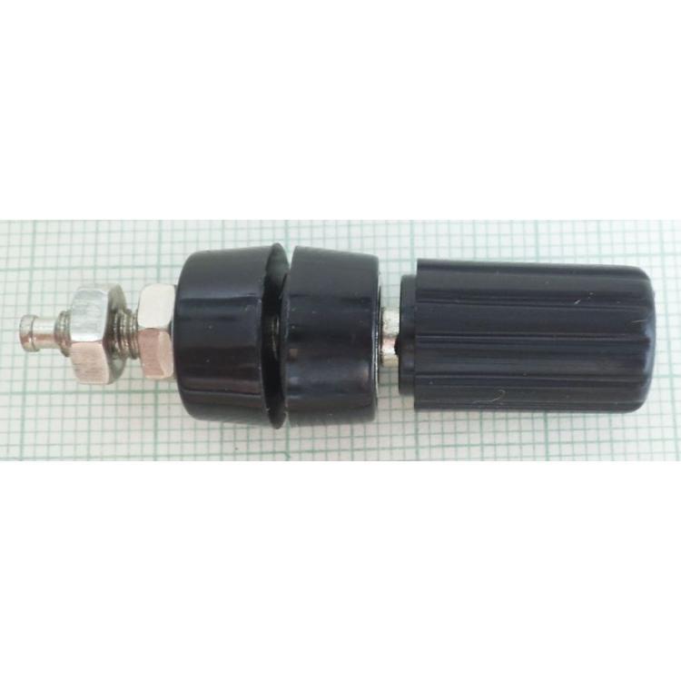 Zdířka 4mm šroubovací černá 15mm